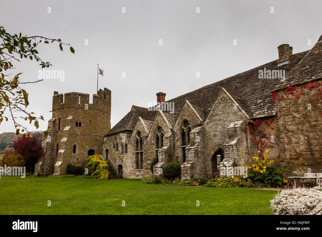The tower and fortified manor house of Stokesay castle, near Craven Arms, Shropshire, England, UK - Stock Image