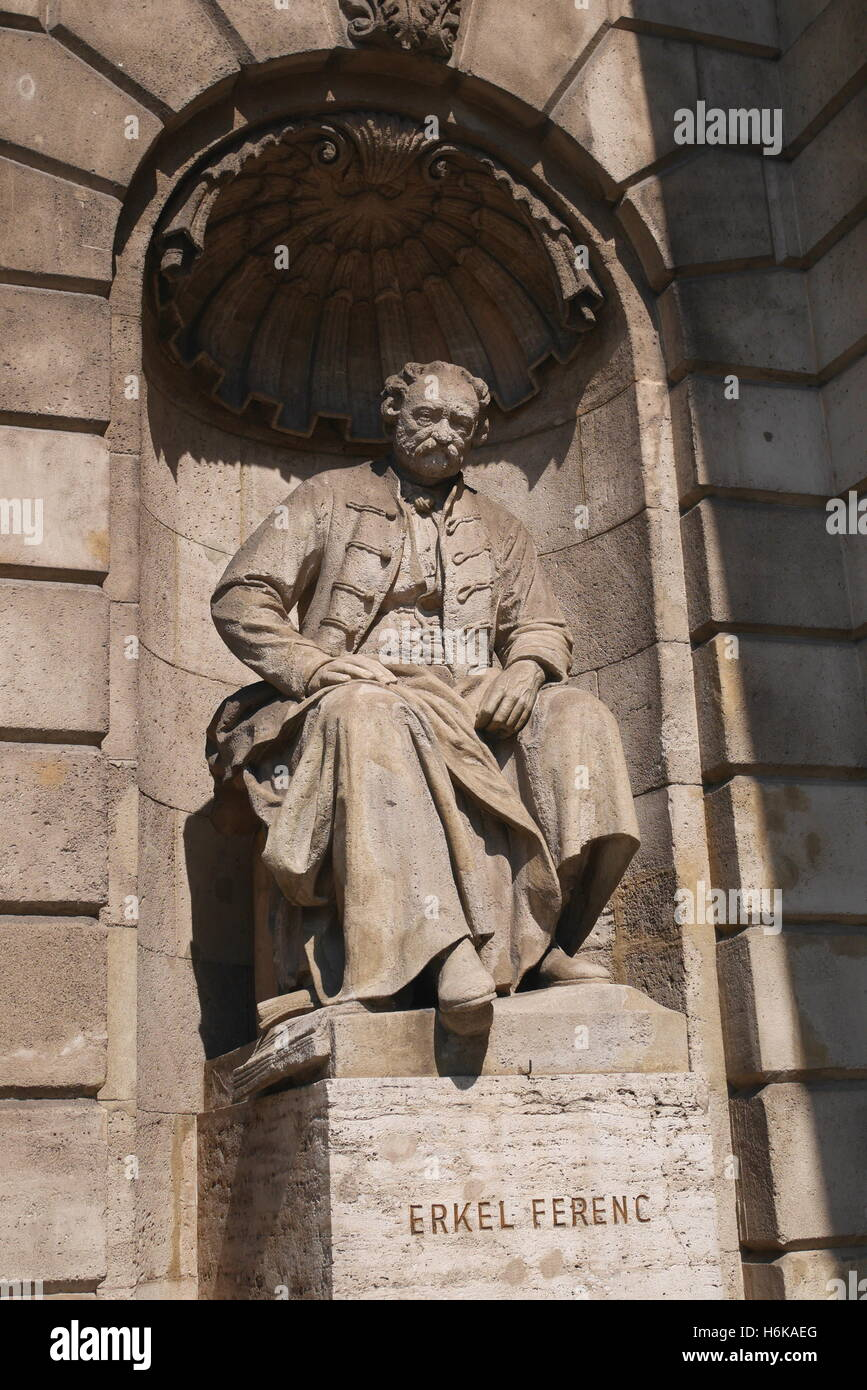 Statue of Erkel Ferenc in a niche, Hungarian State Opera House, Andrassy ut, Budapest, Hungary - Stock Image
