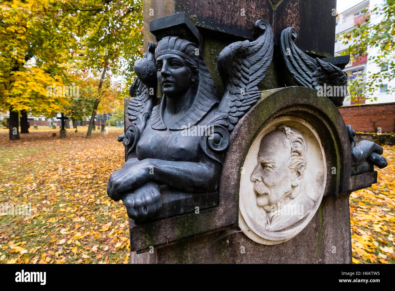 Detail of ornate grave in Military Cemetery, Alter Berliner Garnisonfriedhof on Linienstrasse in Mitte Berlin Germany - Stock Image