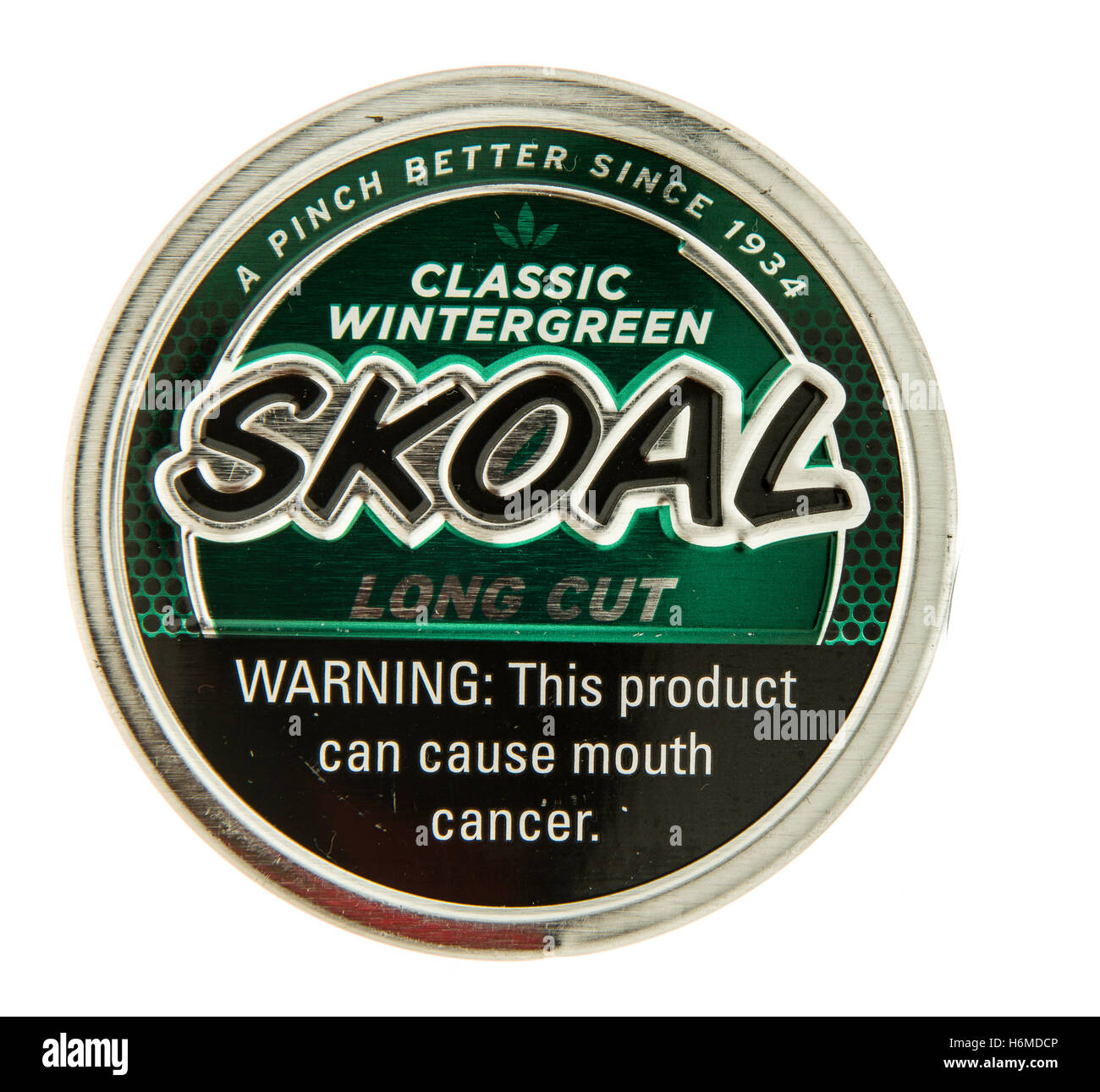 Winneconne, WI - 29 October 2016: Can of Skoal chewing ...