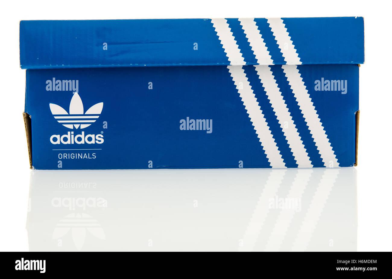 Adidas Shoebox Shop adidas shoe stock photos & adidas shoe stock images - alamy