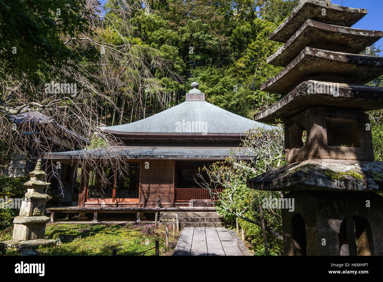 Tokaiji Temple served as a refuge for abused women in Kamakura.  By staying at Tokeiji Temple women could separate - Stock Image