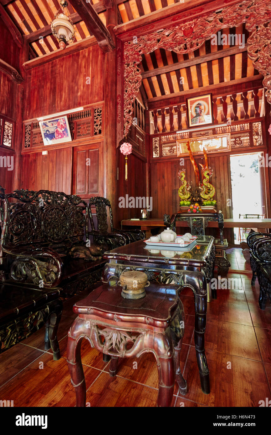 Building for monks at Tam Ton Pagoda. Thuy Son Mountain, The Marble Mountains, Da Nang, Vietnam. - Stock Image