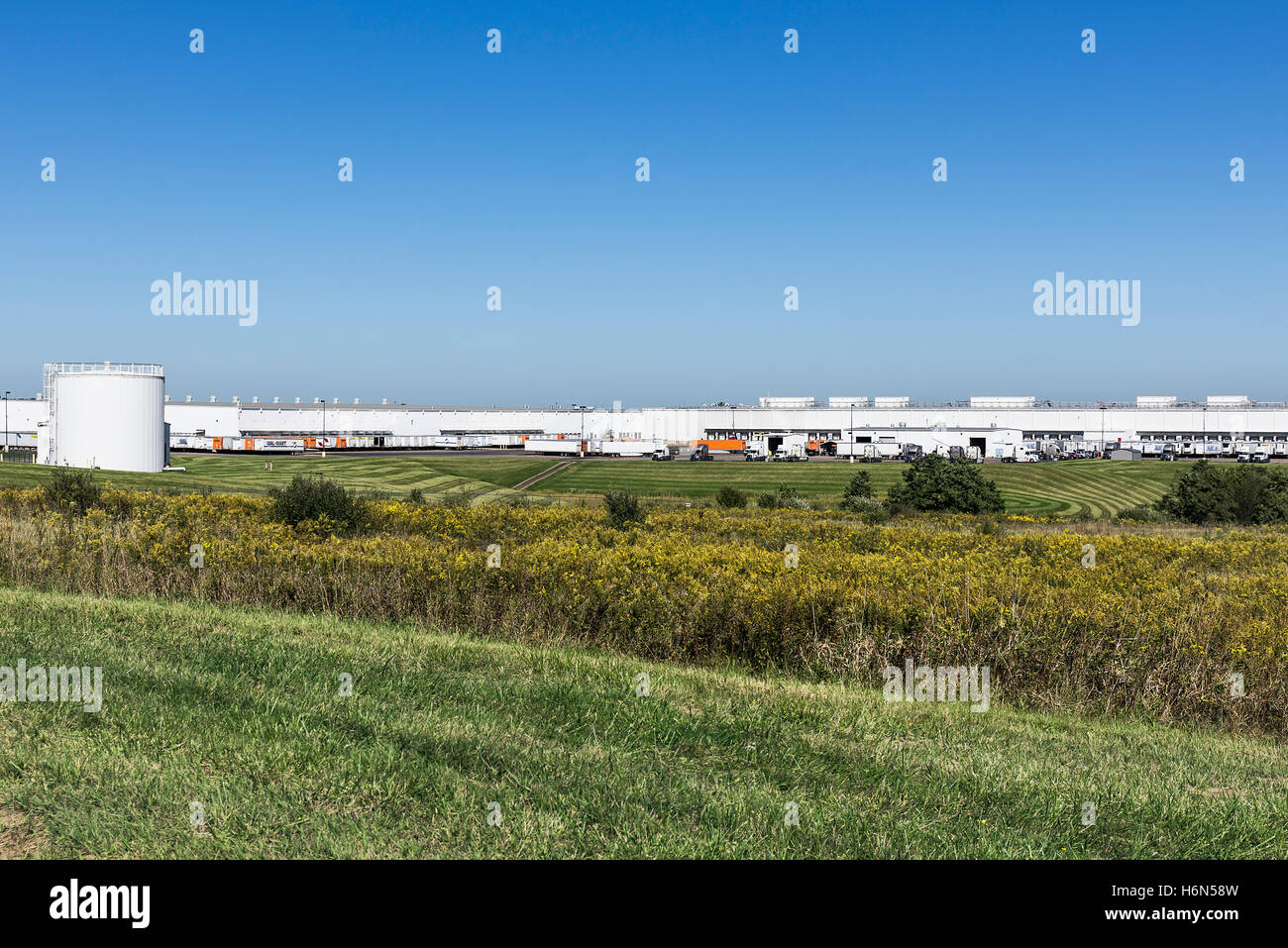 Wall-Mart distribution center, Steubenville, Ohio, USA. - Stock Image