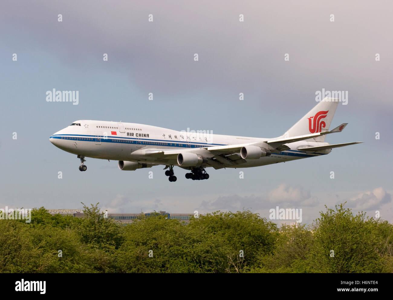 B-2468 Air China Boeing 747-4J6 landing at London Heathrow. 1st May 2008.