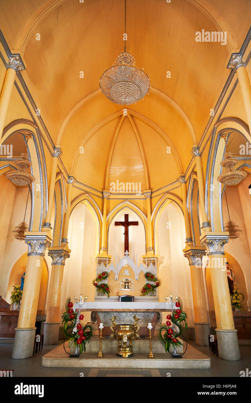 High altar of the Da Nang Cathedral (Basilica of the Sacred Heart of Jesus). Da Nang city, Vietnam. - Stock Image