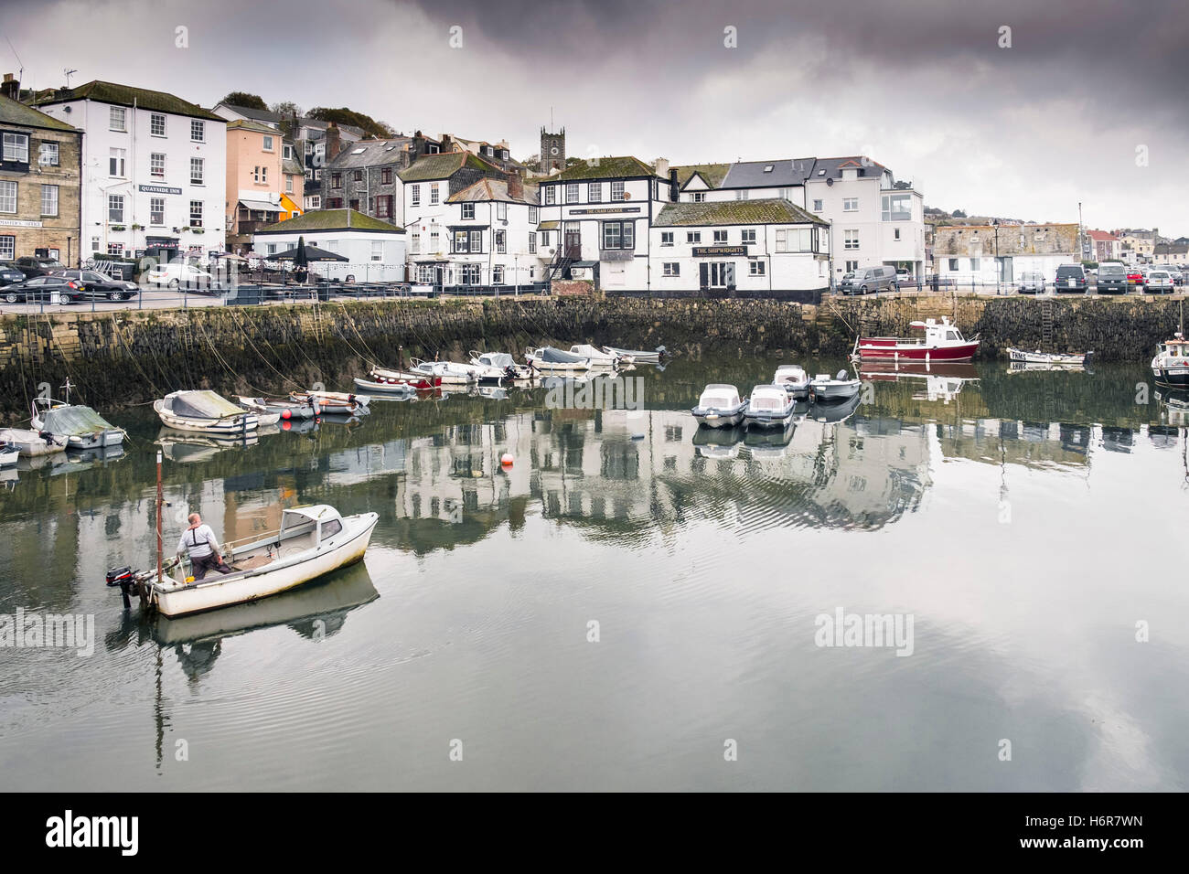 The small harbour at Custom House Quay in Falmouth, Cornwall. - Stock Image