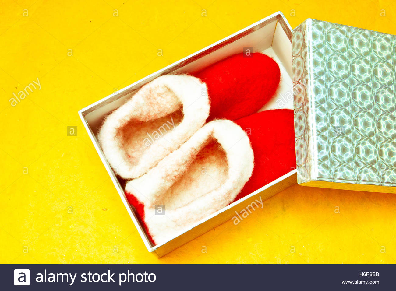present shoes date time time indication wool gift day during the day parcel box boxes christmas felt season imagining - Stock Image
