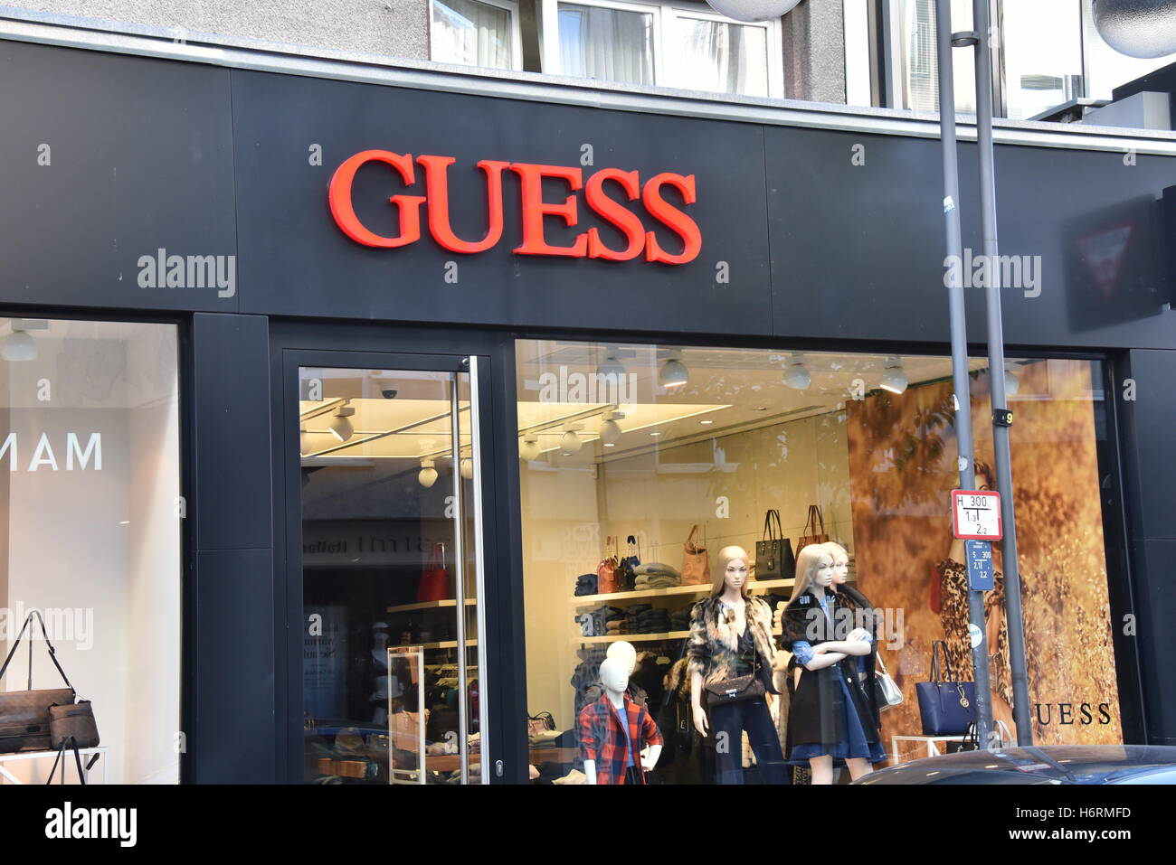 Cologne, Germany. 30th Oct, 2016. A branch store of Guess