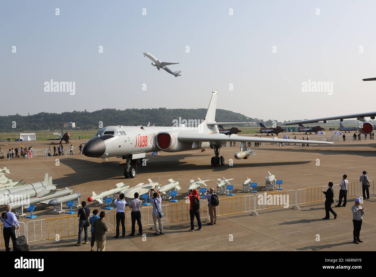 Zhuhai, China. 1st Nov, 2016. A Xian H-6K, a Chinese license-built version of the Soviet Tupolev Tu-16 bomber, on - Stock Image