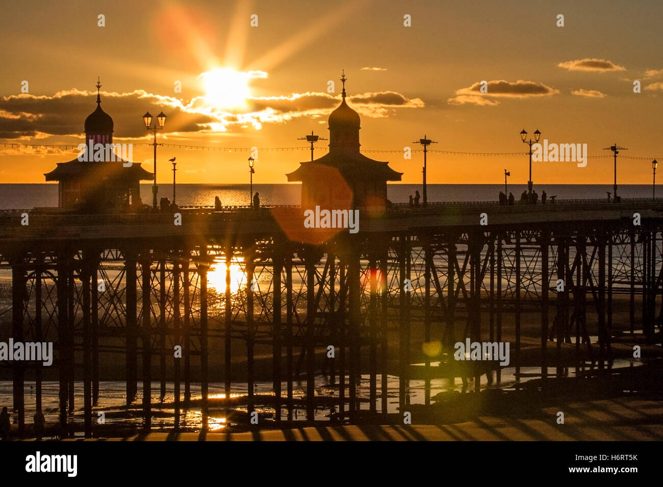 Blackpool, Lancashire, UK. 1st November, 2016. Sunset over Blackpool, Lancashire: UK Weather: 01/11/2016. After Stock Photo