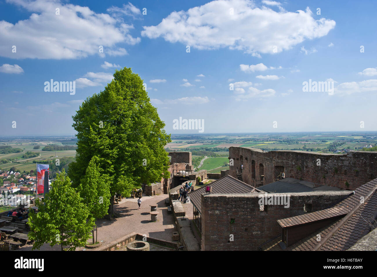 stronghold europe ruin fortress ruins german pfalz bastion fortresses southerly bastions vouch for rhineland-palatinate Stock Photo