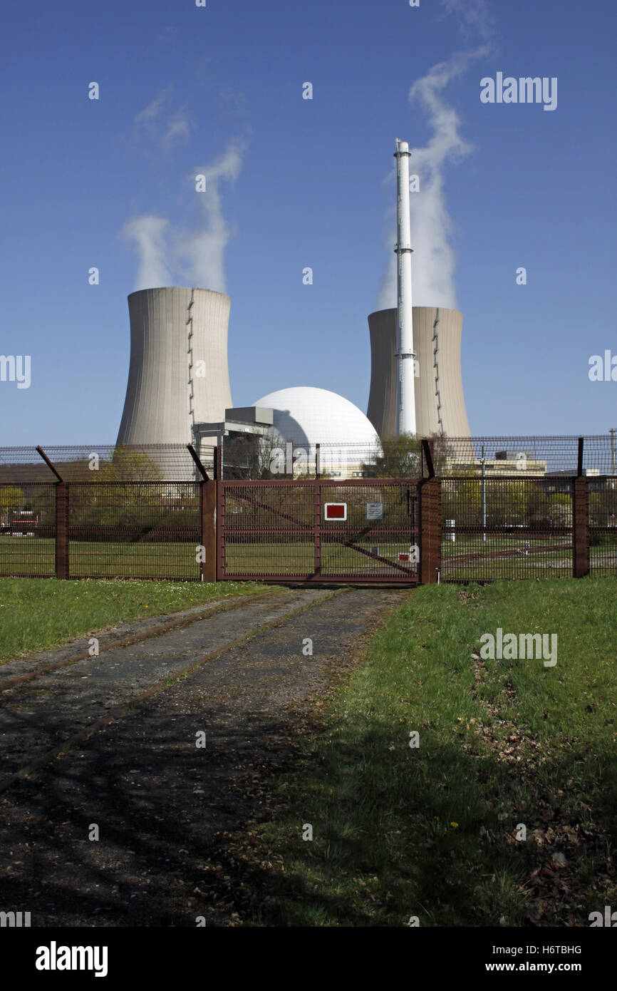 power station generation of electricity nuclear power station energy generation reactor nuclear reactor big large - Stock Image