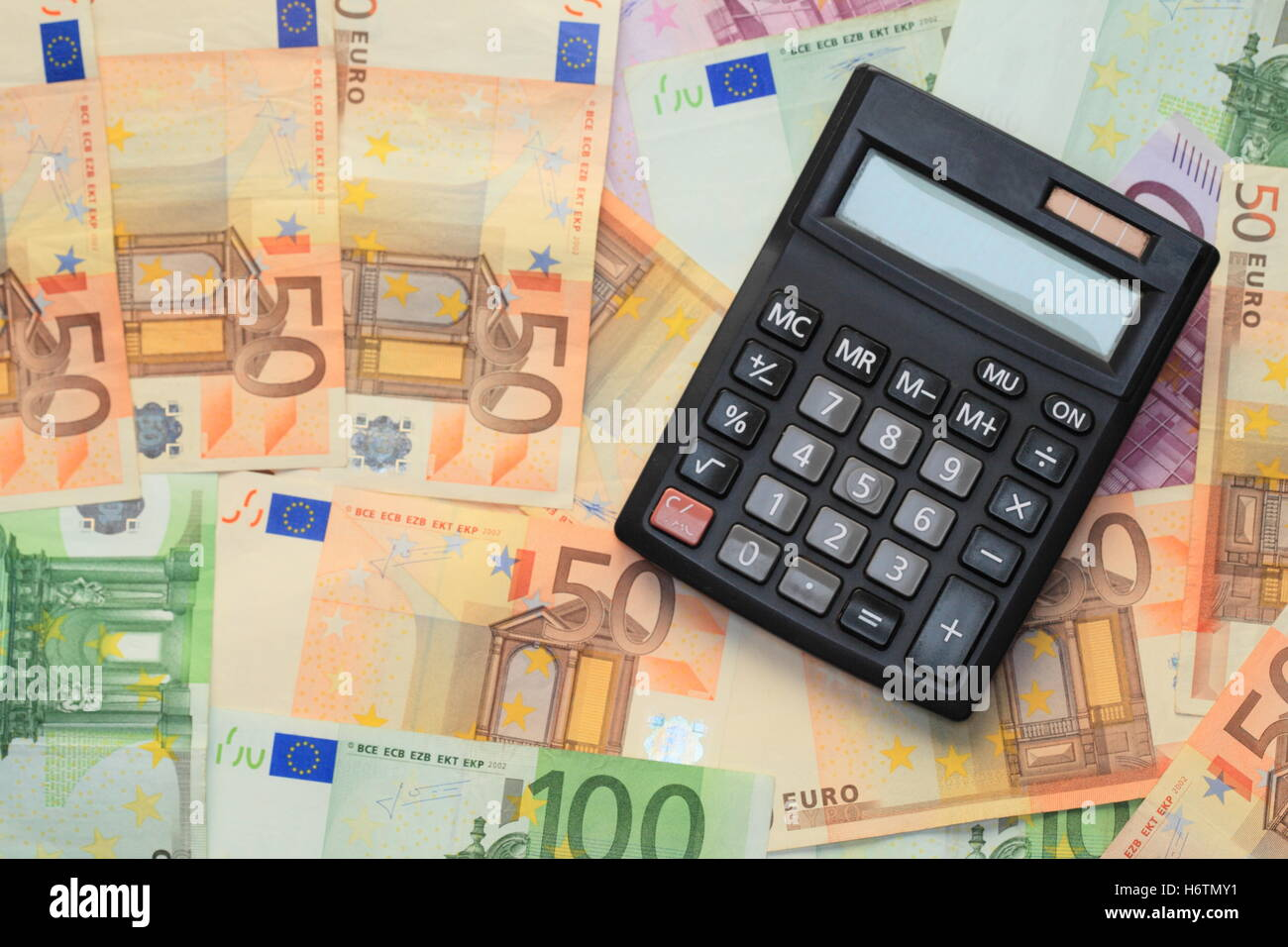bank lending institution check calculation pay calculator euro stock