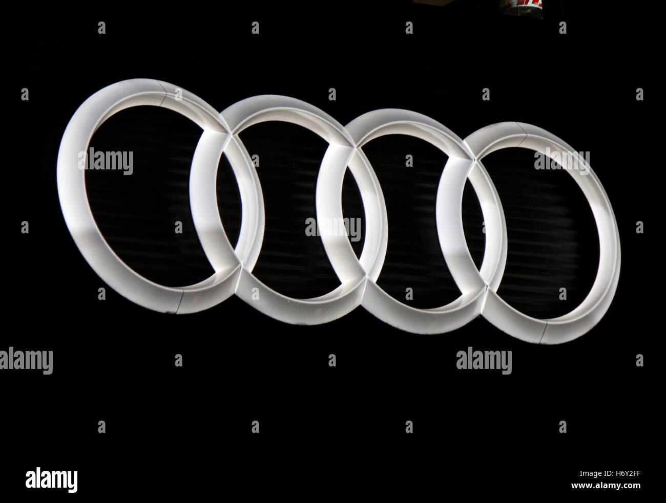 das Logo der Marke 'Audi', Berlin. - Stock Image