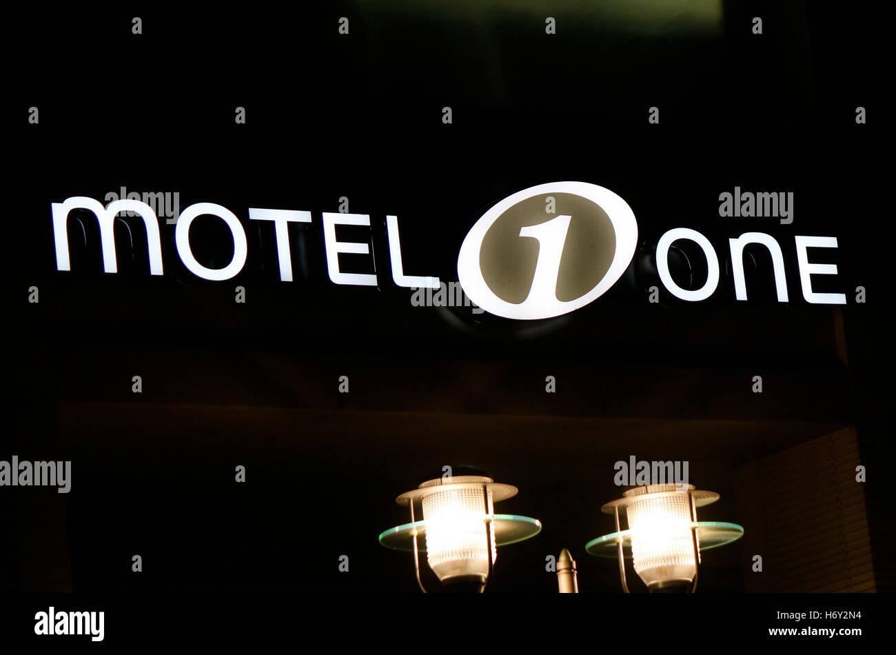 das Logo der Marke 'Motel One', Berlin. - Stock Image