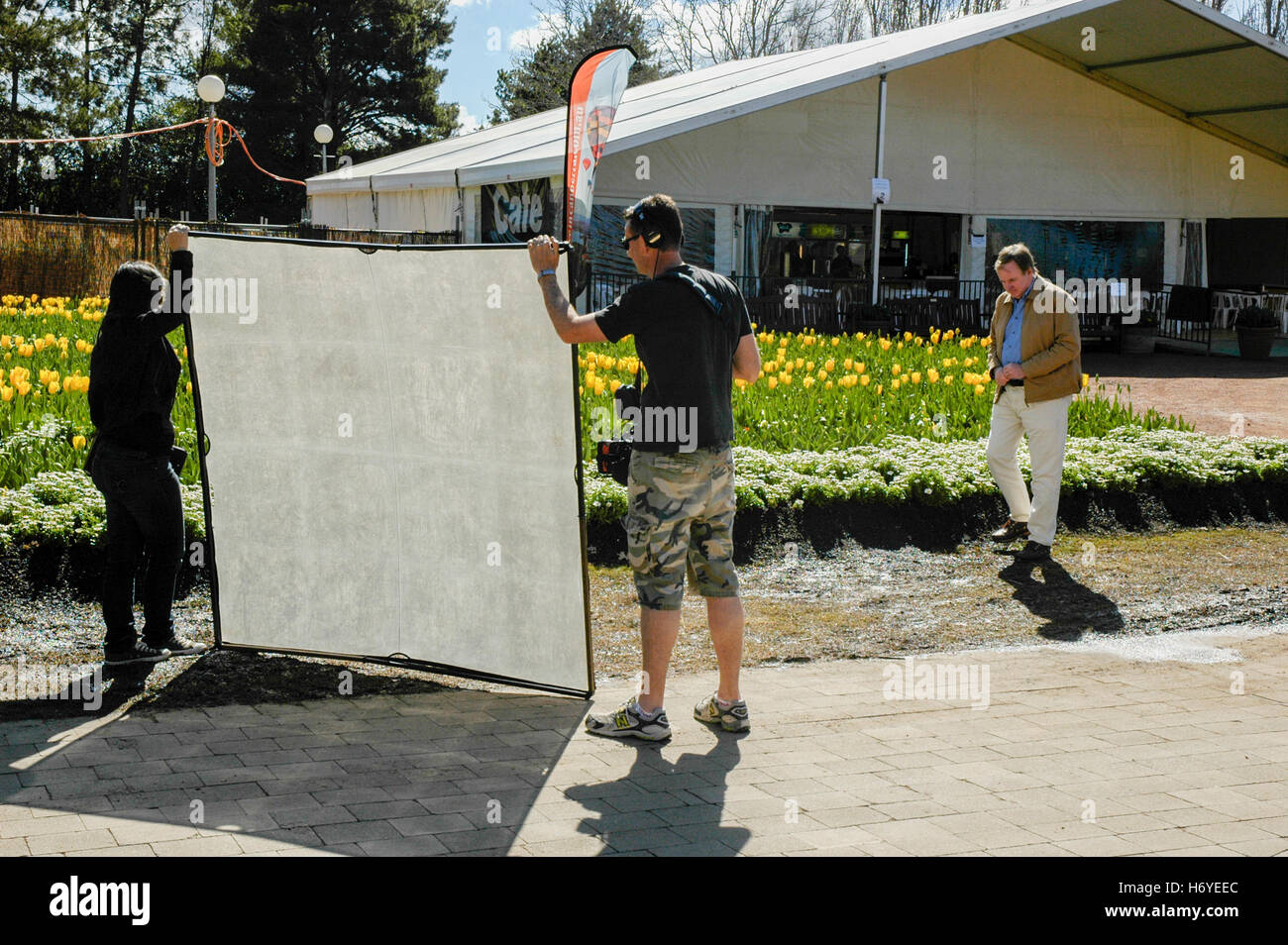 graham ross taping segment for channel 7 'better homes & garden' show. floriade 2008. canberra. act. - Stock Image