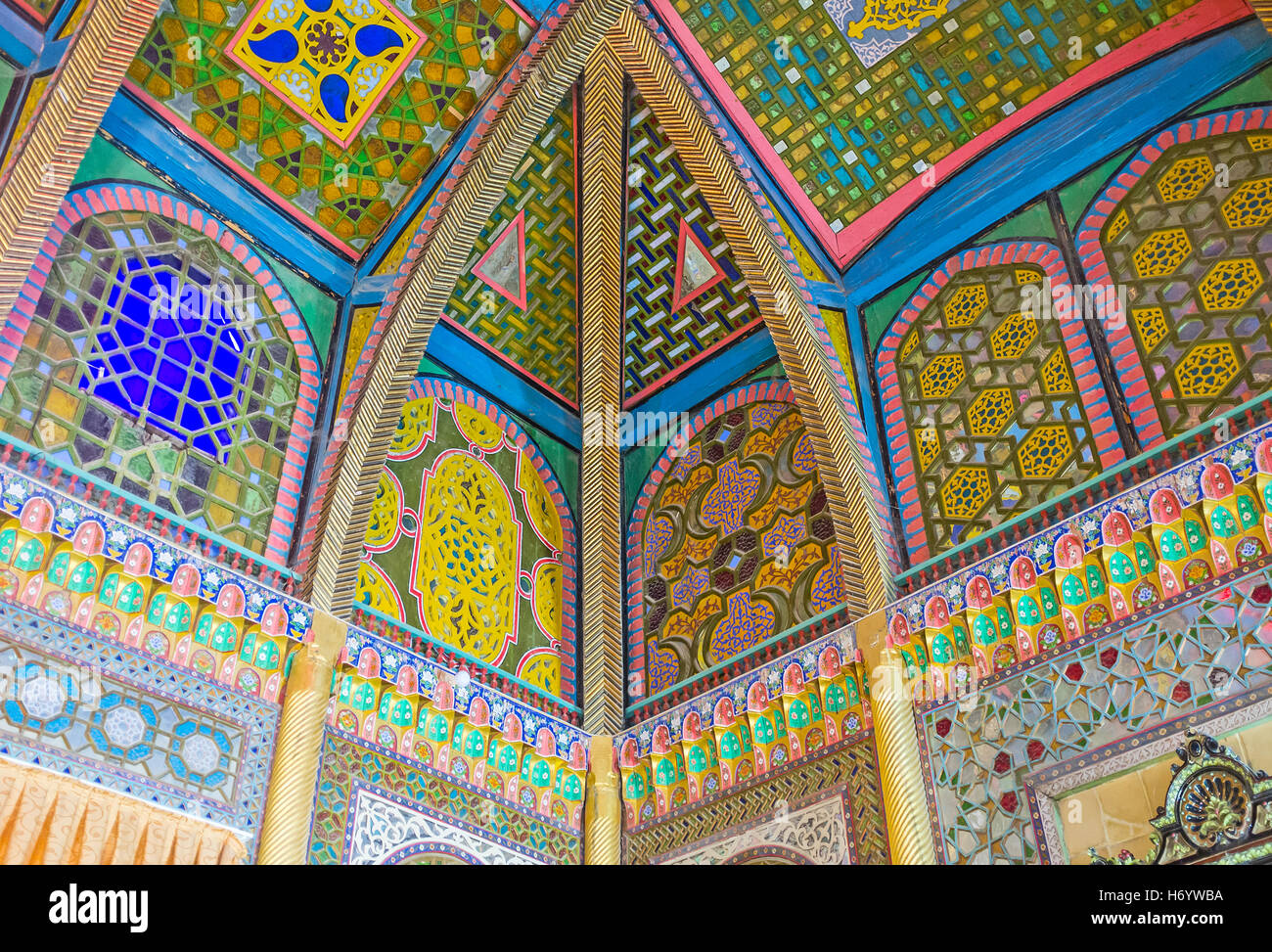 islamic architecture screens stock photos islamic architecture