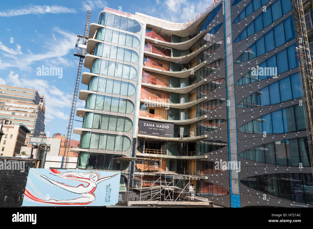 520 West 28th Street condominium residences designed by architect Zaha Hadid under construction in Chelsea, NYC Stock Photo