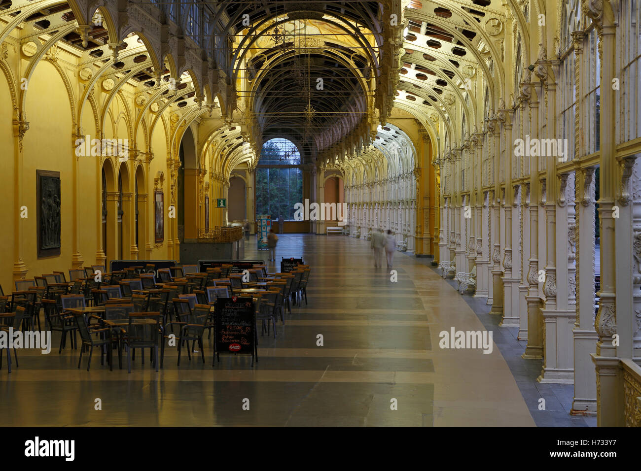 Day shot, new building, new colonnade, Nová kolonáda, main colonnade, Marianske Lazne, Karlovy Vary region, - Stock Image