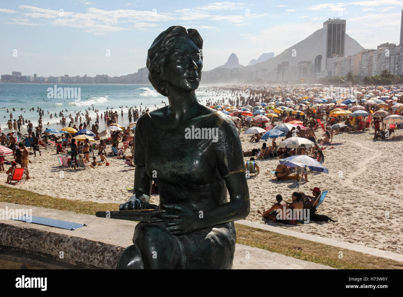 Rio de Janeiro, Brazil, November 02, 2016: Statue of Clarice Lispector (writer) at Leme Beach. Summer officially - Stock Image