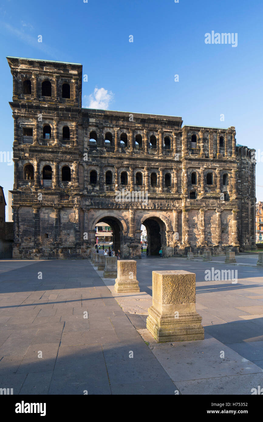 Porta Nigra (UNESCO World Heritage Site), Trier, Rhineland-Palatinate, Germany - Stock Image