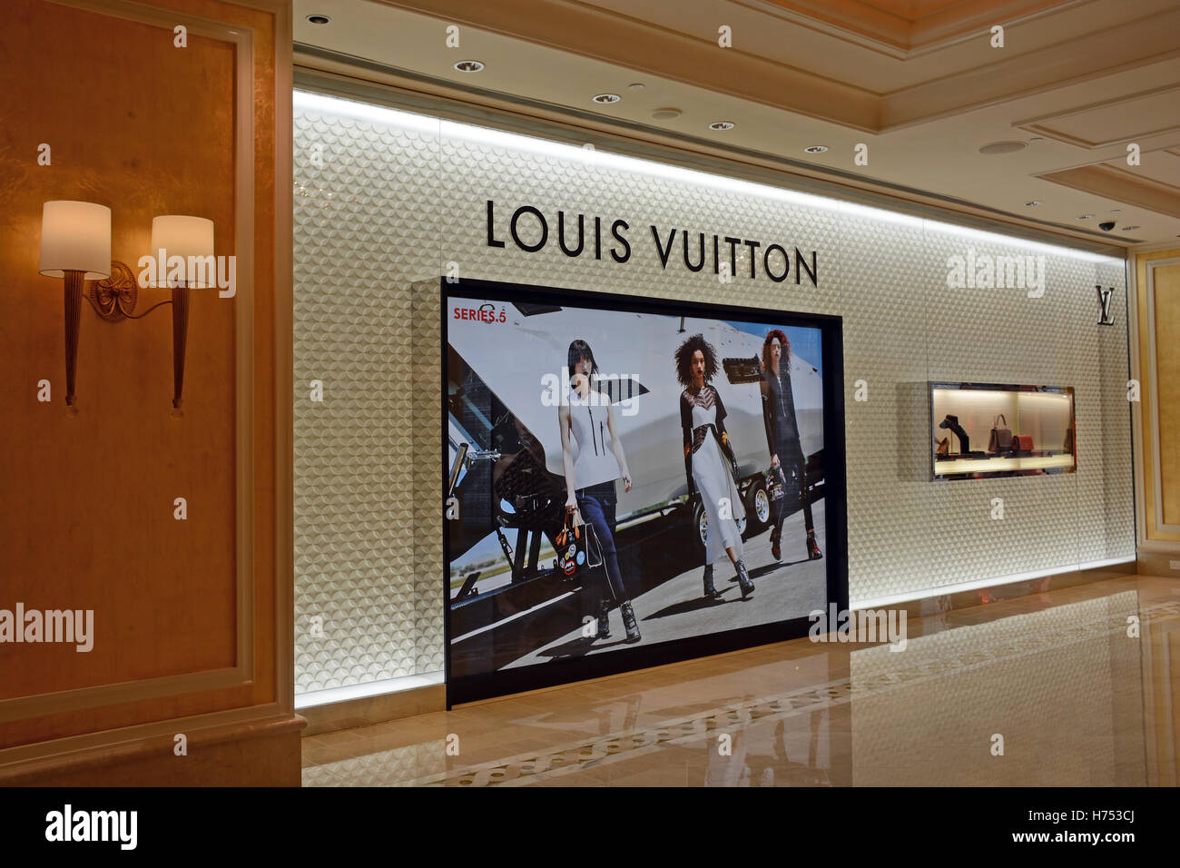e962ad41663 Louis Vuitton boutique in Wynn hotel casino Macau China Stock Photo ...