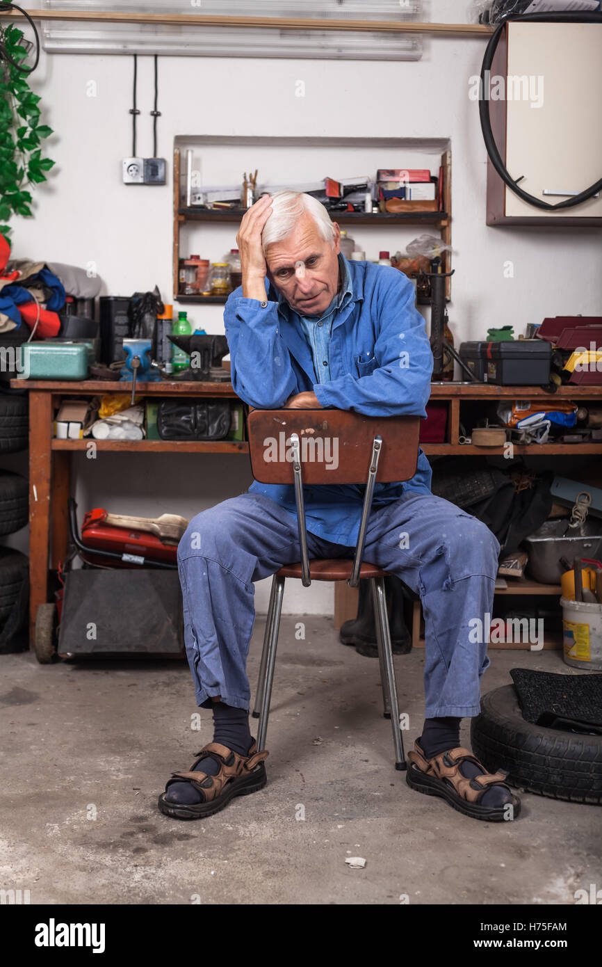 humans human beings people folk persons human human being men man job craftsman tradesman handicraftsman grandpa - Stock Image