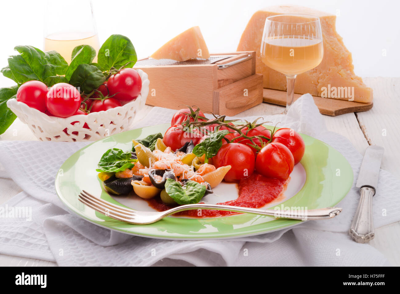 conchiglie with north sea shrimps and spinach Stock Photo