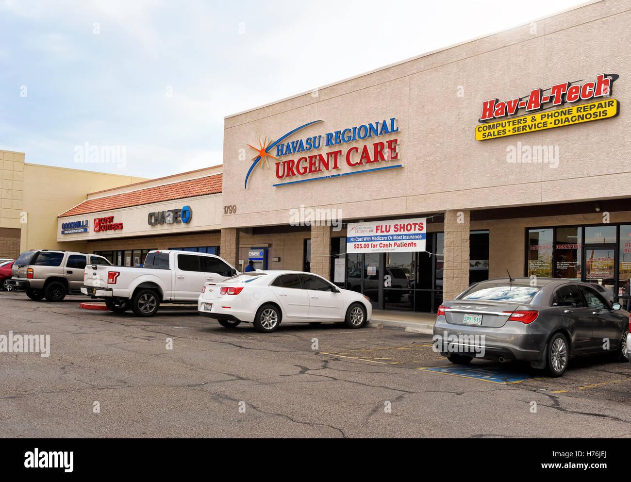 Urgent Care in a strip mall, Lake Havasu City, Arizona - Stock Image