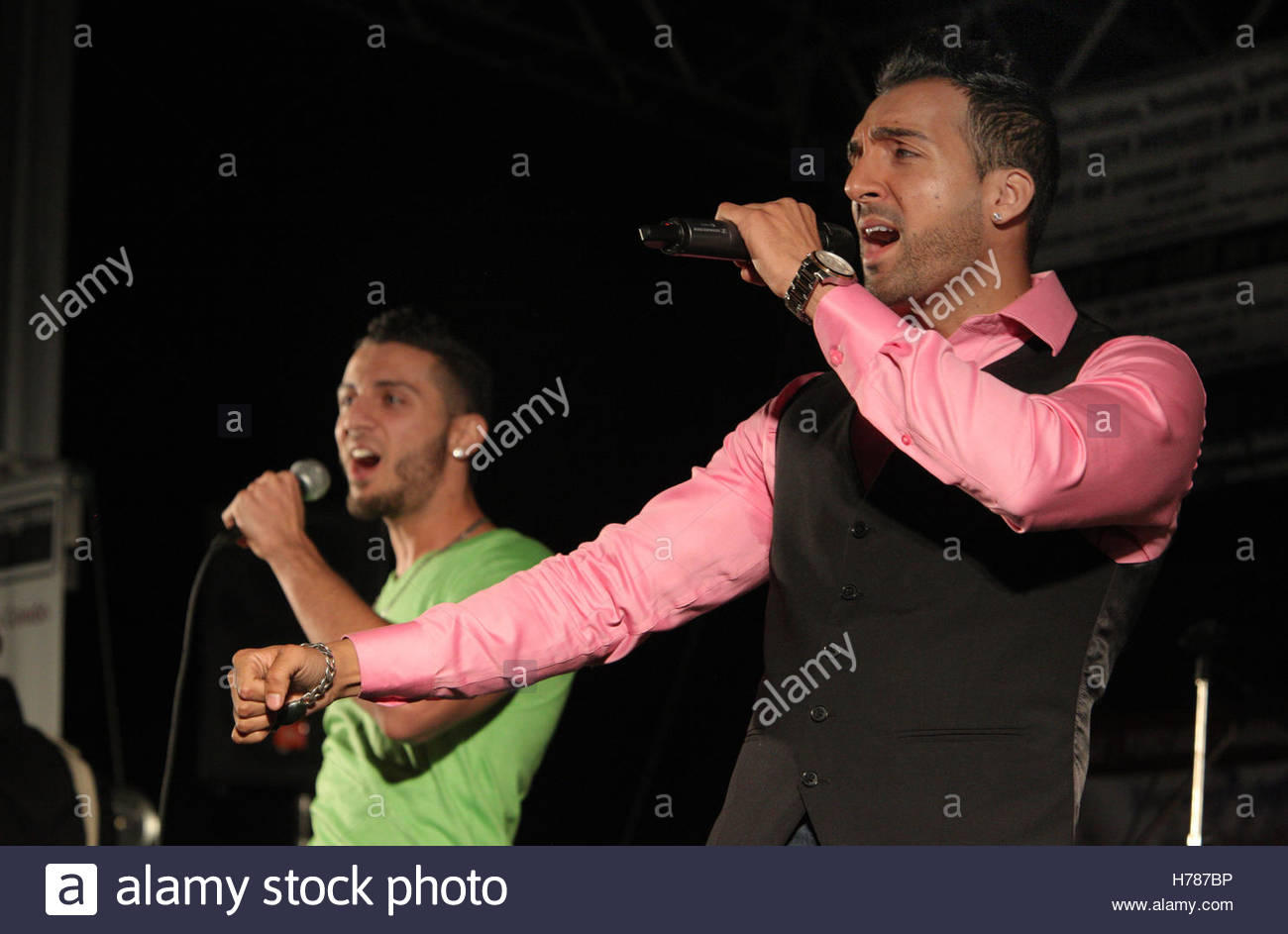 Punjabi Singer High Resolution Stock Photography And Images Alamy