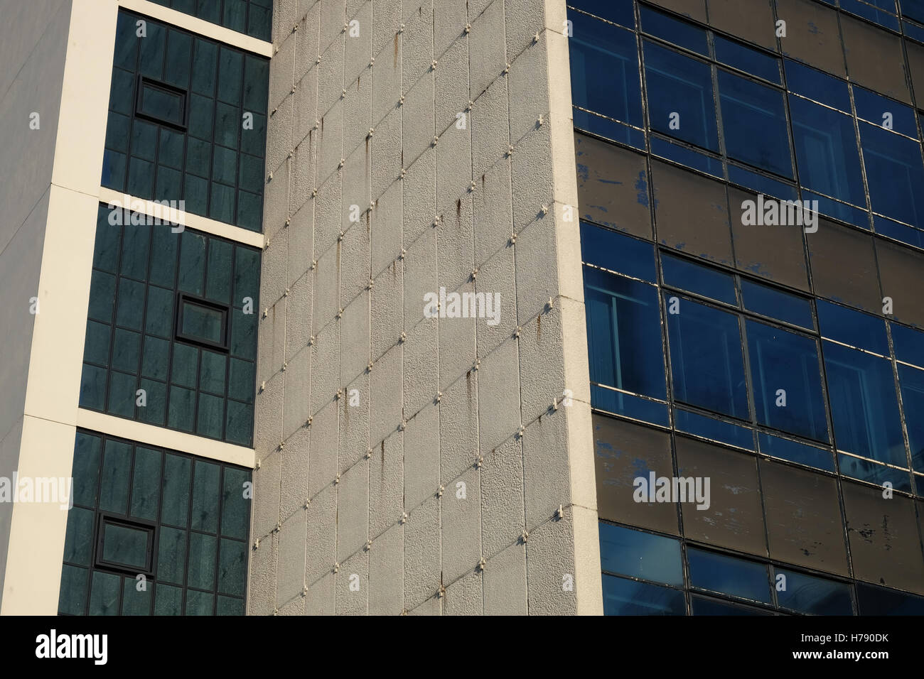 1960s Office Building Stock Photos & 1960s Office Building