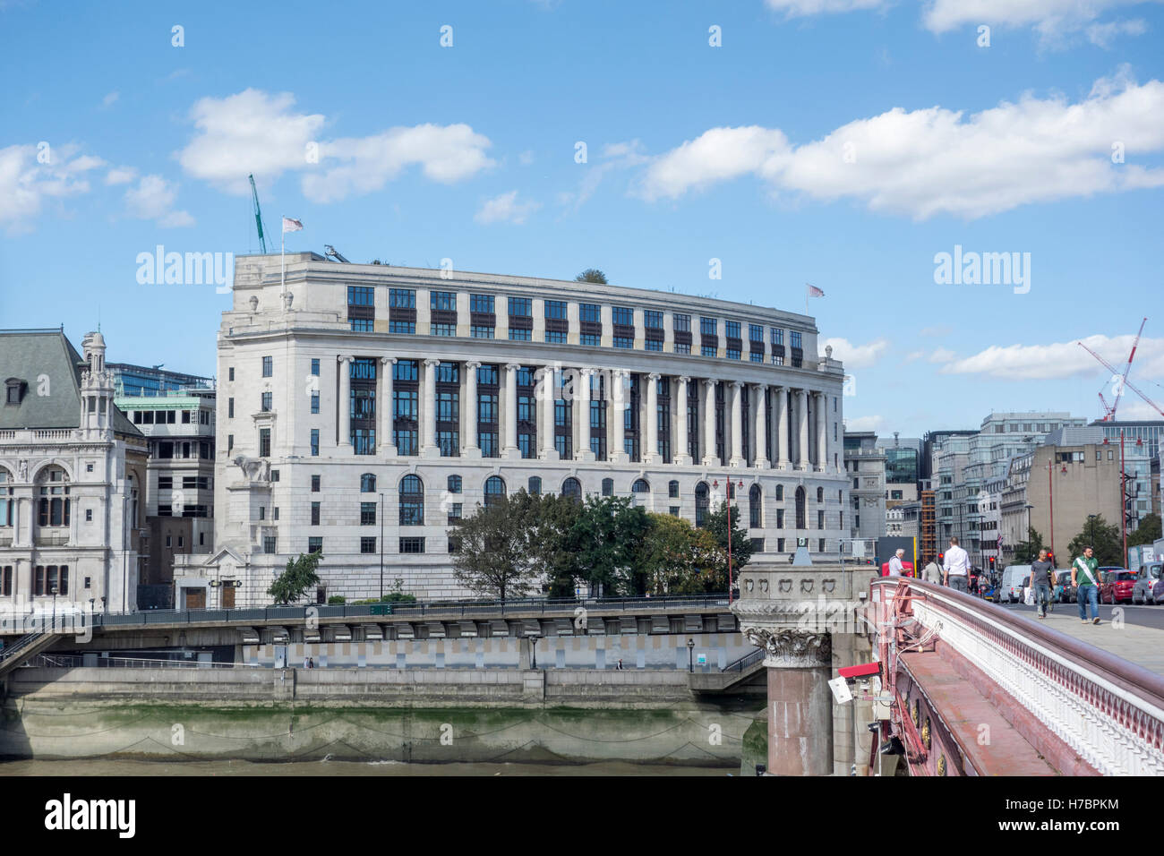 Unilever House, 100 Victoria Embankment, Unilever global headquarters head office. New Bridge Street, Victoria Embankment, - Stock Image