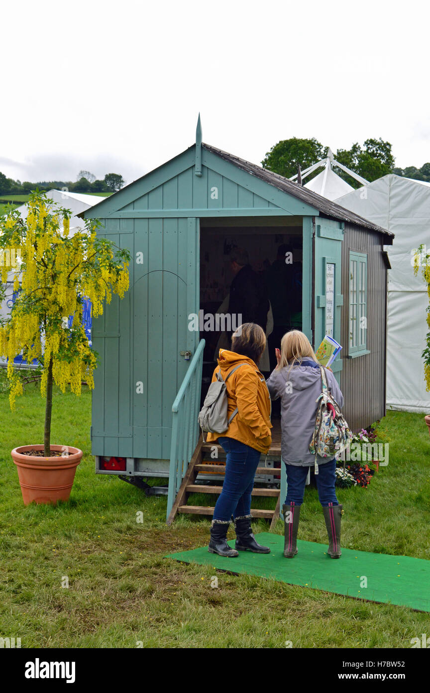 Replica Dylan Thomas writing shed at the Hay Festival 2014 - Stock Image