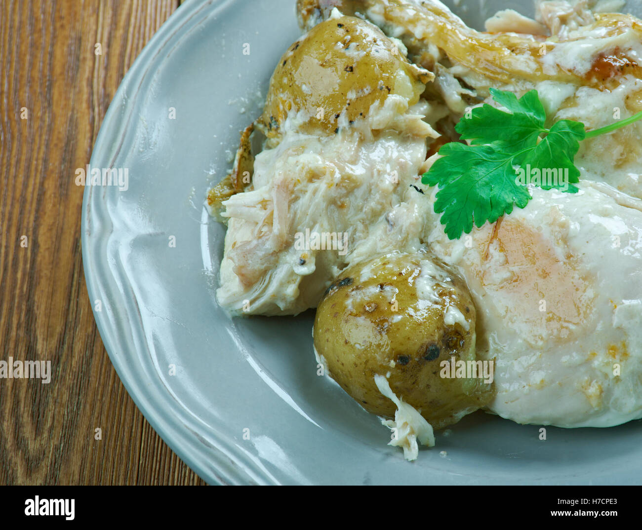 Slow Roasted Chicken And Vegetables Stock Photos & Slow Roasted ...