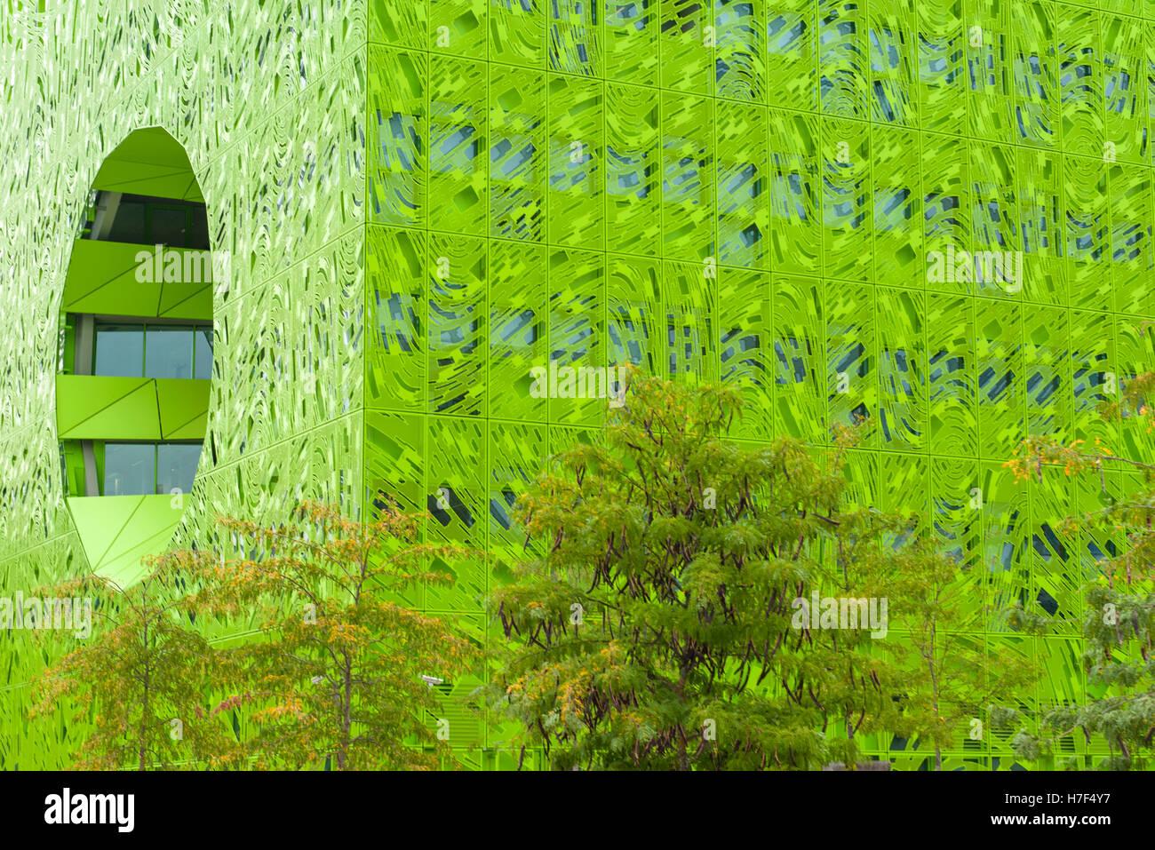 The cube vert building, designed by Jakob+MacFarlane, at La Confluence, Lyon, France - Stock Image
