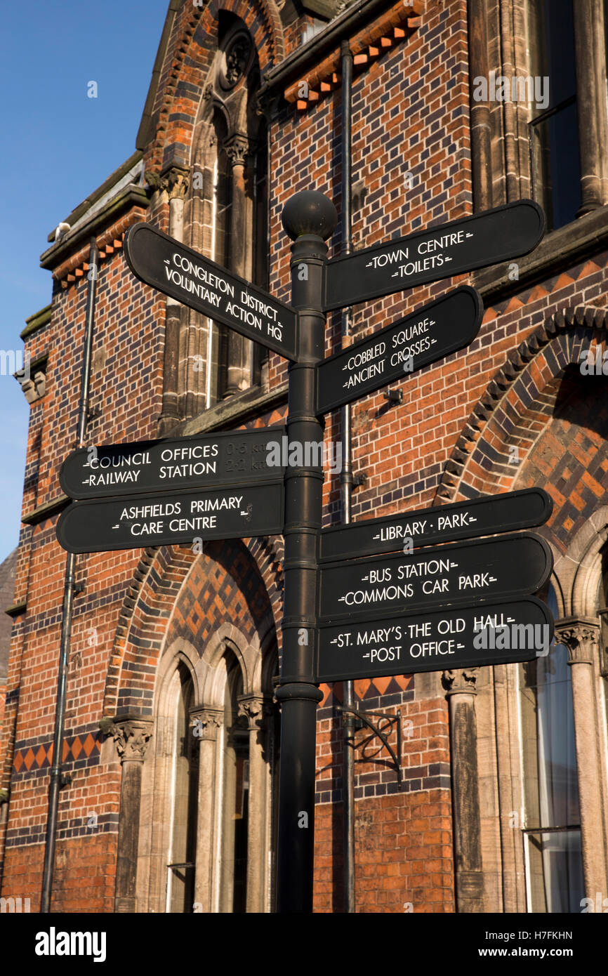 UK, England, Cheshire, Sandbach, Hightown, tourist information signpost in town centre - Stock Image