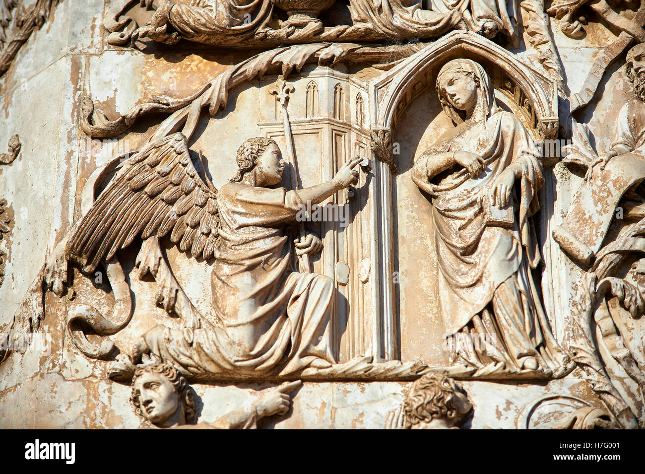 Bas-relief of the Annunciation by Maitani, circa1310, Tuscan Gothic,  facade Orvieto Duomo Cathedral, Umbria, Italy - Stock Image