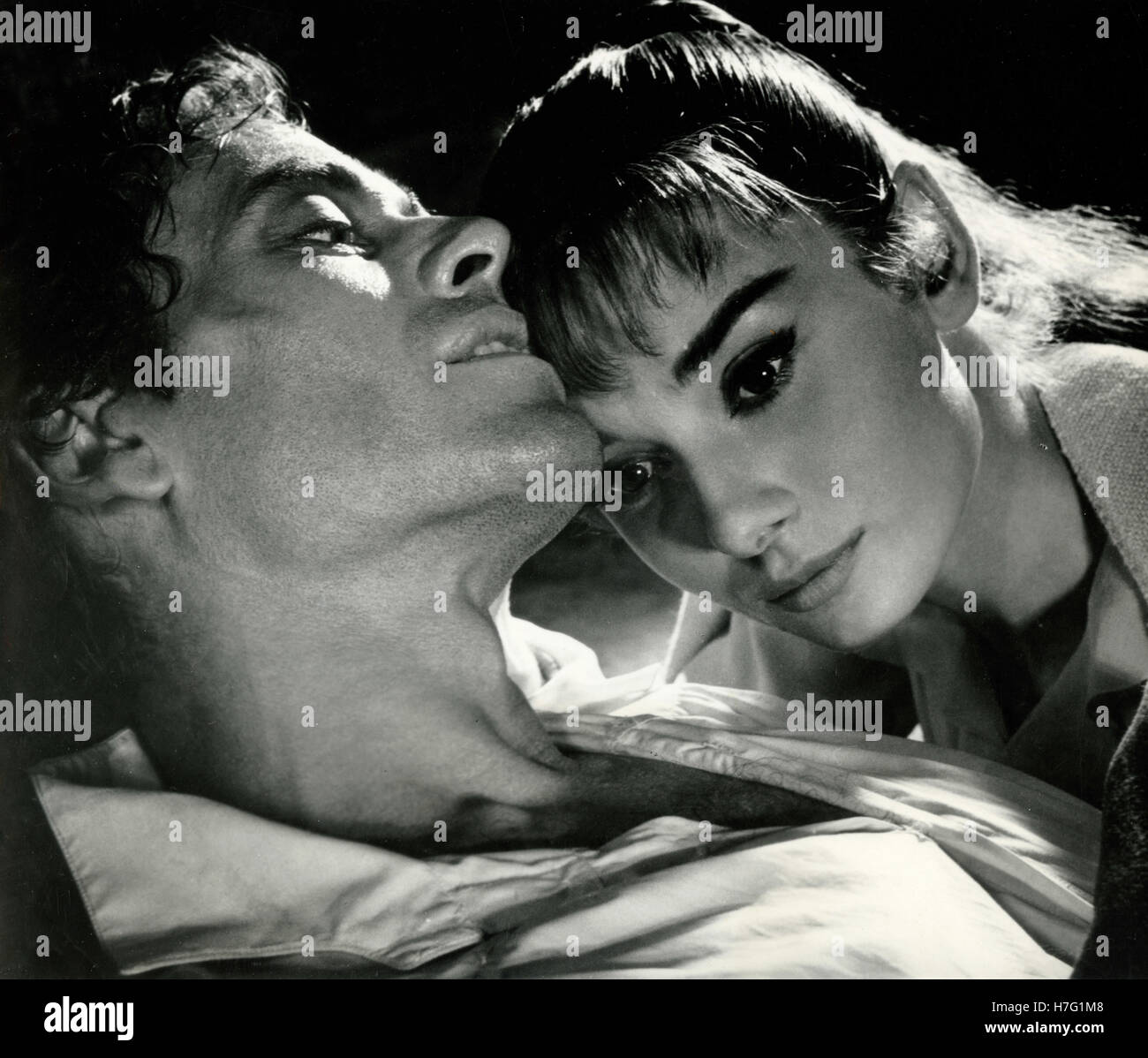 Actors Audrey Hepburn and Mel Ferrer in the movie Peace and War, Italy 1956 - Stock Image