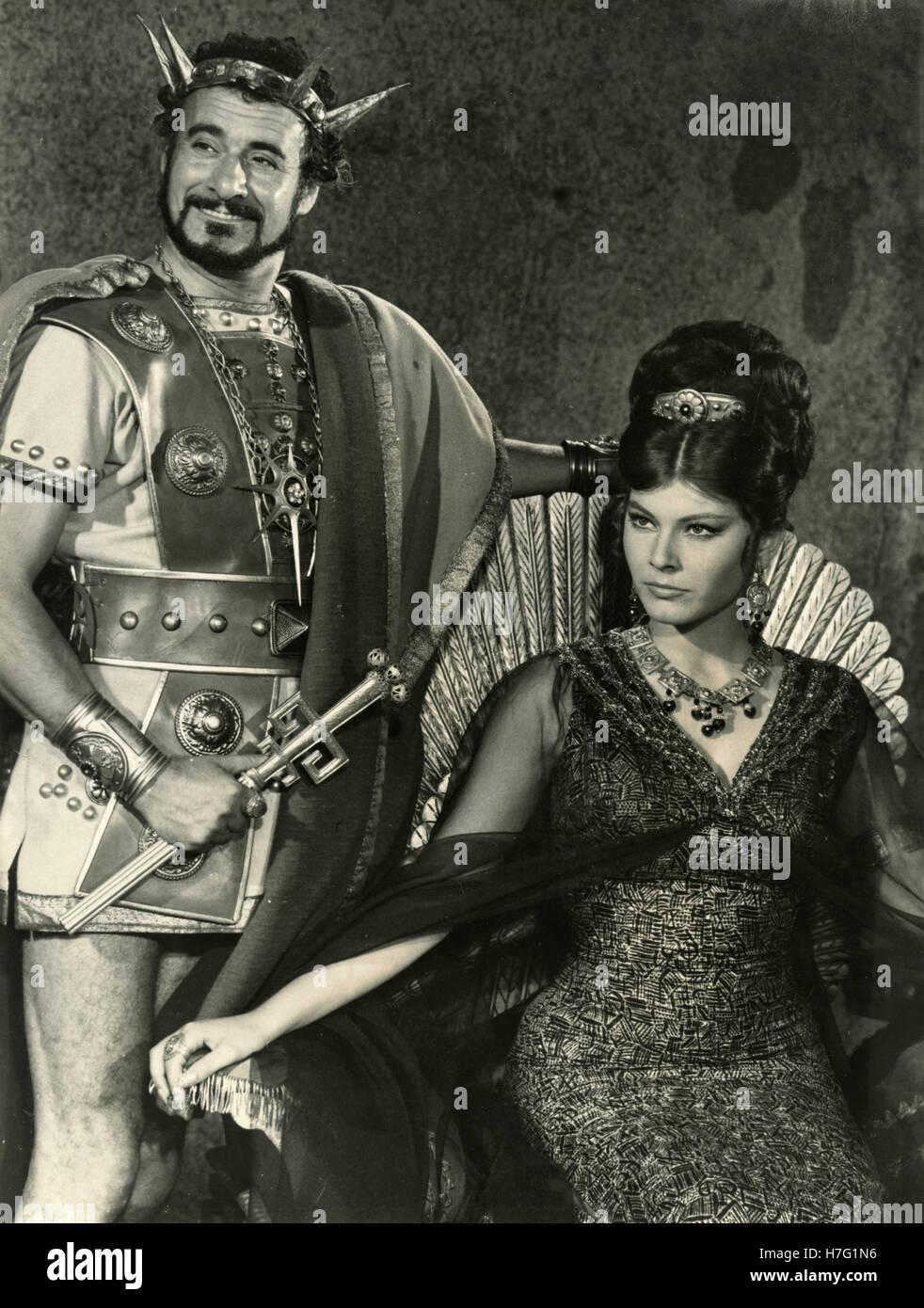 Italian actors Adriano Micantoni and Claudia Mori in the movie Ursus nella Terra di Fuoco, Italy 1963 - Stock Image