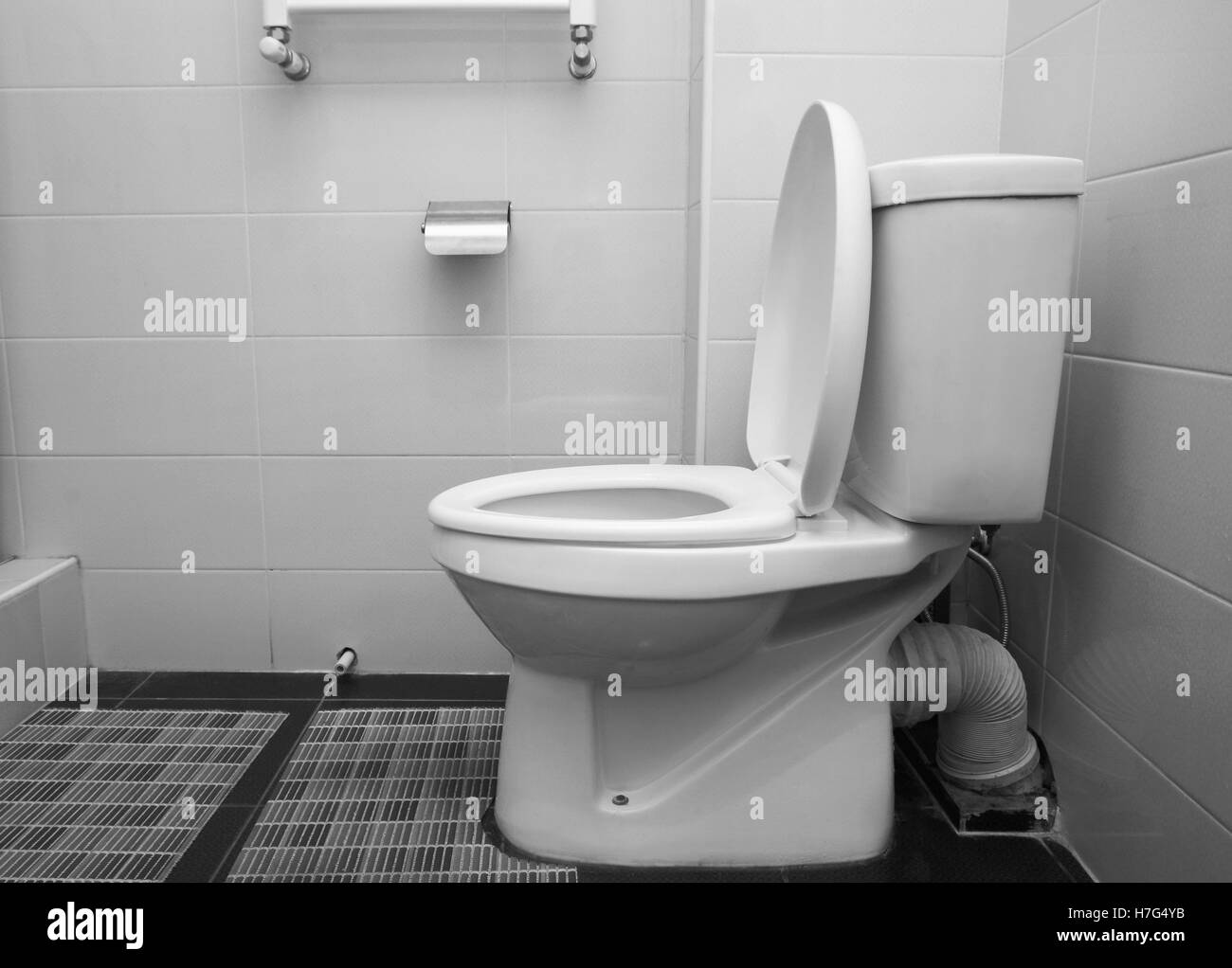 Brilliant Urinal Toilet Black And White Stock Photos Images Alamy Short Links Chair Design For Home Short Linksinfo