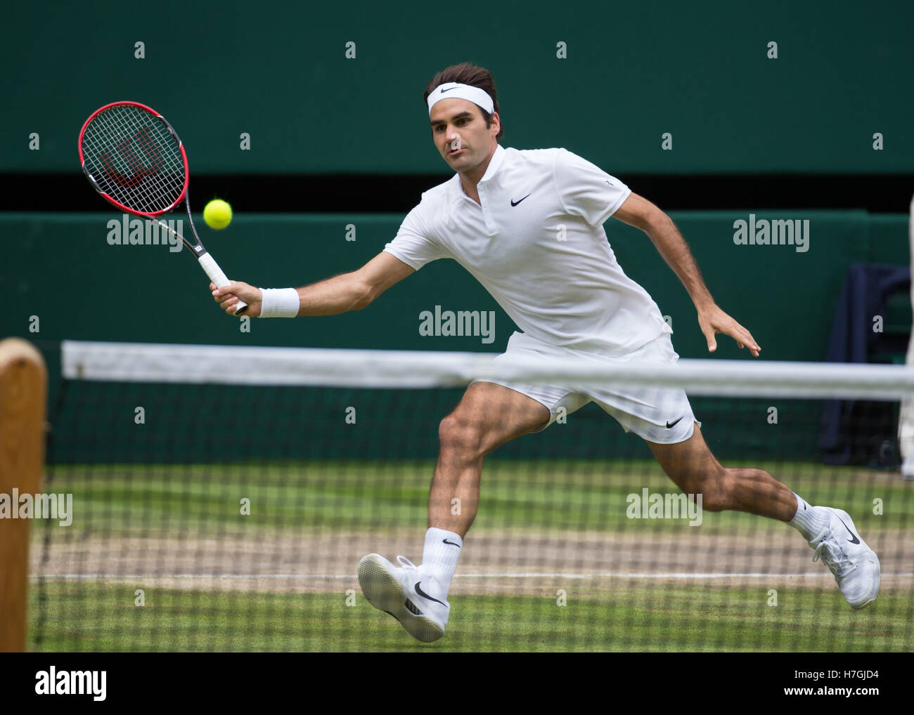 Roger Federer Volley High Resolution Stock Photography And Images Alamy