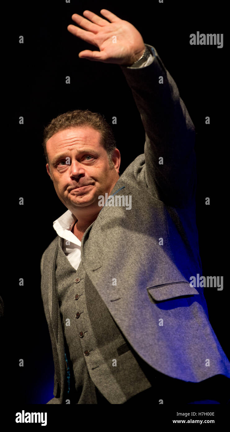 Manchester, UK. 4th November 2016. Comedian and actor John Thomson appears at the annual Christmas Lights Switch - Stock Image