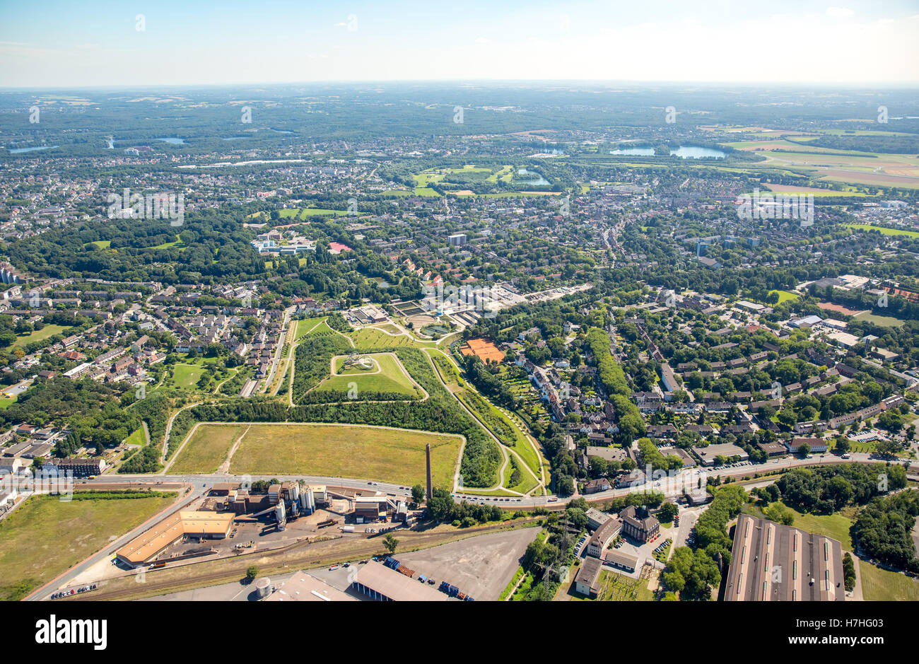 Aerial view, Duisburg-Hüttenheim officials colony Schulz-Knaudt street, historic mining town, colliery houses, - Stock Image