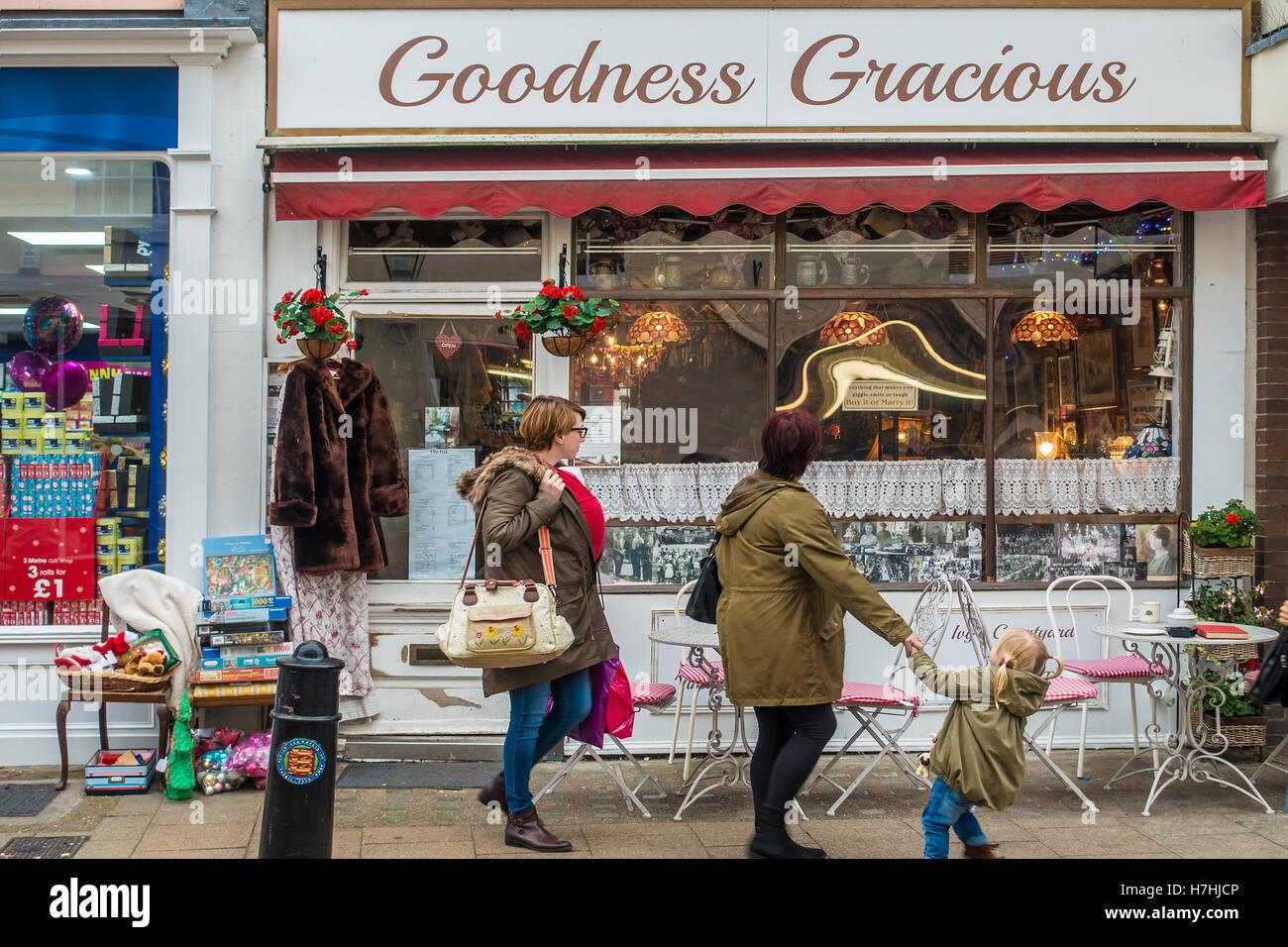 Goodness Gracious Tea Rooms Coffee Shop Town Centre Faversham Kent England - Stock Image