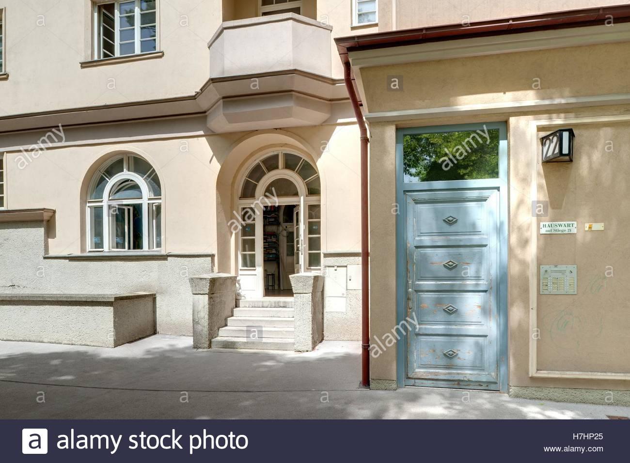 Wien, Gemeindebau des Roten Wien, Vienna, Council Tenement Block, Red Vienna, Anlage Sandleiten, Emil Hoppe & Otto Stock Photo