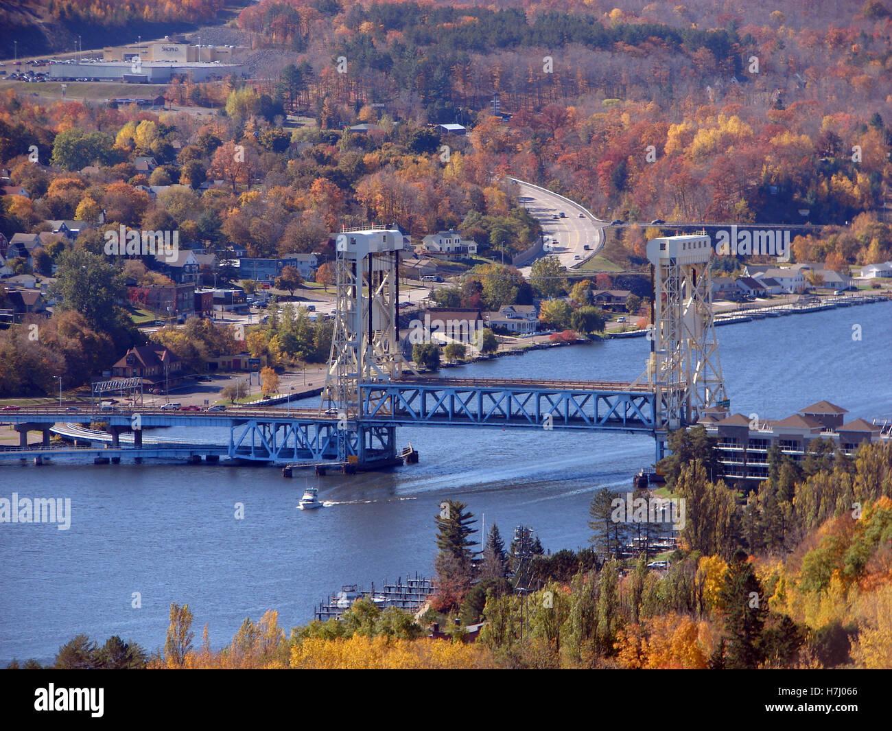 Portage Double Lift Bridge over Portage Lake - Stock Image