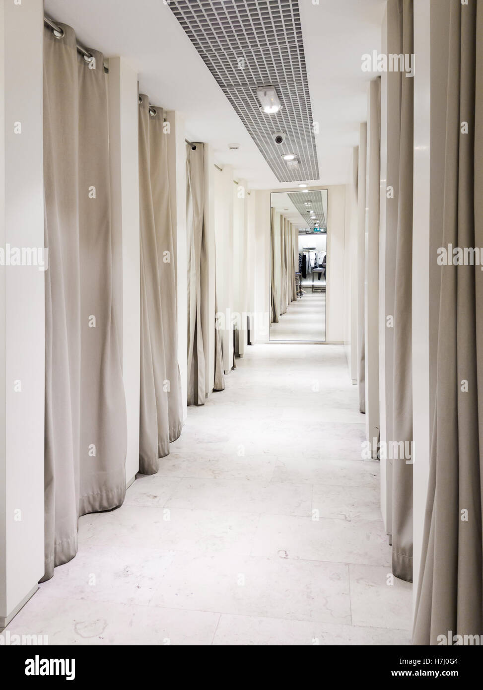 Fitting room interior in a mall - Stock Image