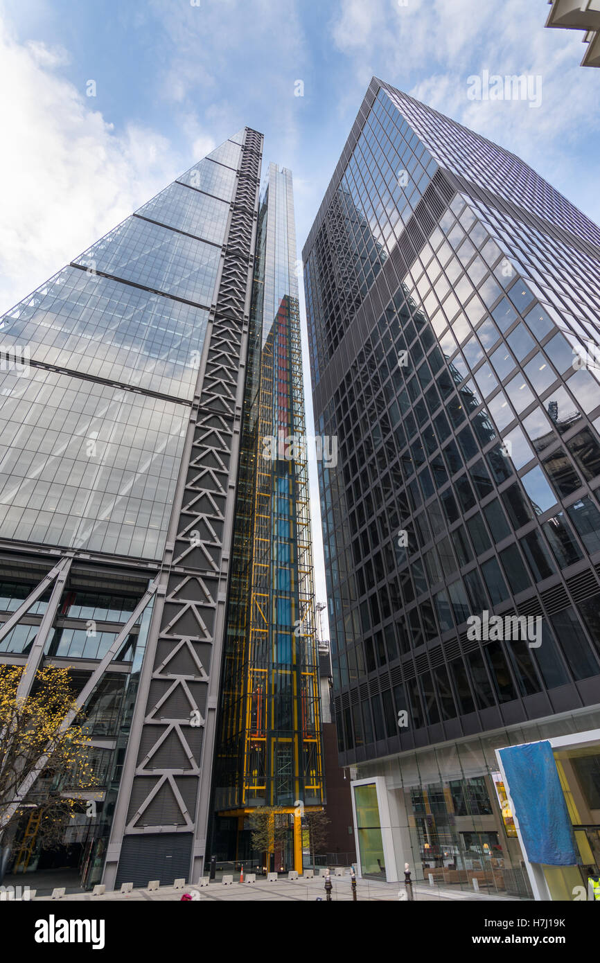 The Leadenhall building, a skyscraper in the City of London with St Helen's building next to it. - Stock Image