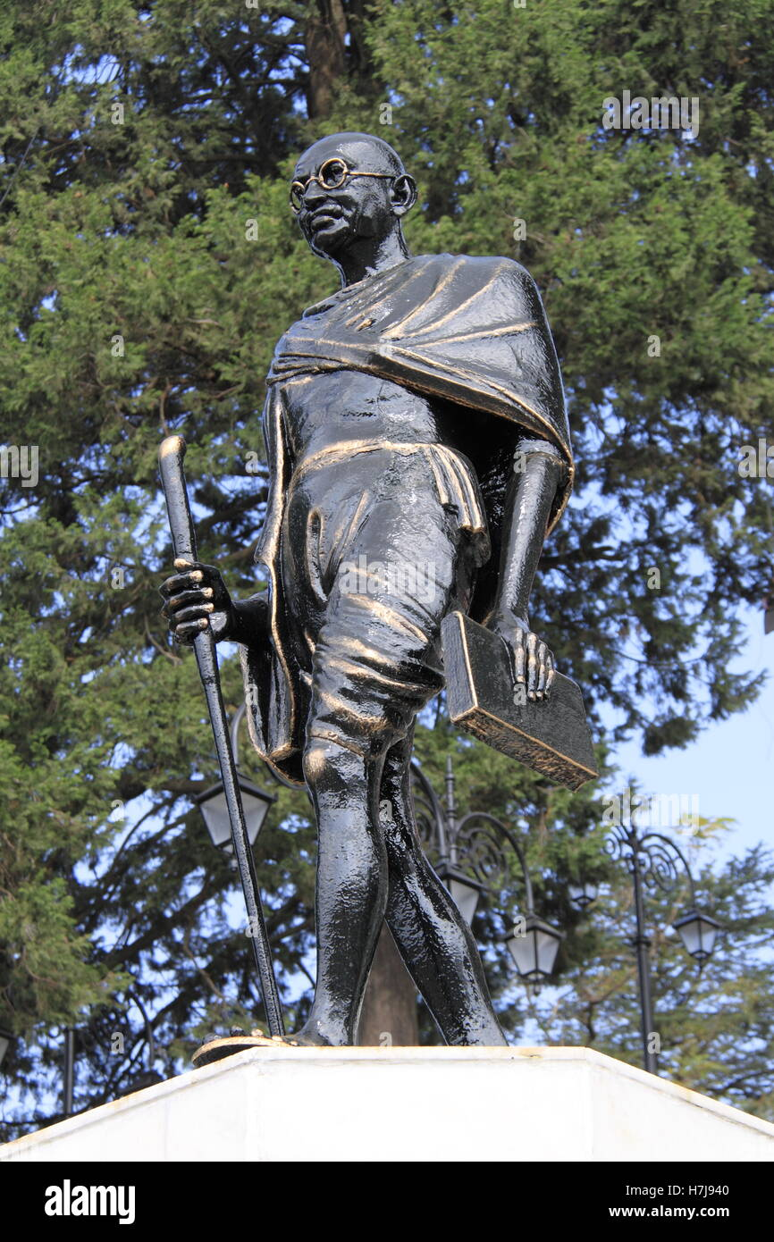 Mohandas Karamchand 'Mahatma' Gandhi statue, The Ridge, Shimla, Himachal Pradesh, India, Indian subcontinent, - Stock Image